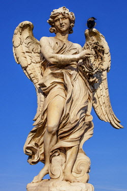ITA4915 Angel with the Crown of Thorns, sculpted by Gian Lorenzo Bernini on the Ponte Sant Angelo, Ponte, Rome, Lazio, Italy.