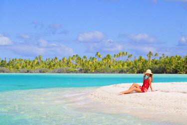 FPO0424AW Woman at Blue Lagoon, Fakarava, Tuamotu Islands, French Polynesia (MR)