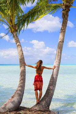 FPO0433AW Woman at Blue Lagoon, Fakarava, Tuamotu Islands, French Polynesia (MR)