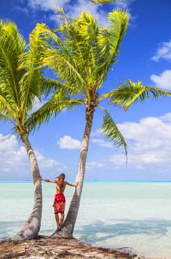 FPO0435AW Woman at Blue Lagoon, Fakarava, Tuamotu Islands, French Polynesia (MR)
