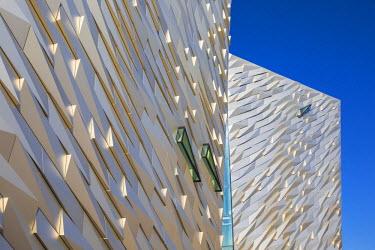UK04012 United Kingdom, Northern Ireland, Belfast, View of the Titanic Belfast museum
