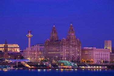 UK07728 United Kingdom, England, Merseyside, Liverpool, View of Liverpool skyline