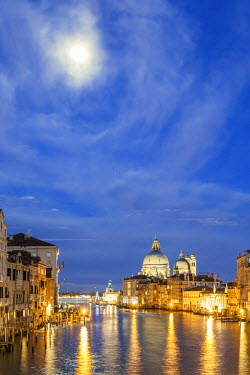 CLKFV25732 Italy, Veneto, Venice. Grand Canall and Santa Maria della Salute church with full moon.