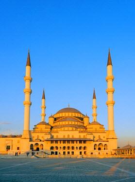 TUR0825 Turkey, Central Anatolia, Ankara, Kocatepe Camii mosque