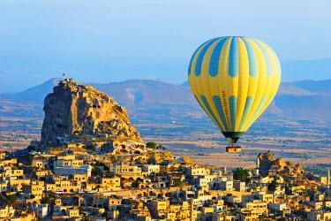TUR0948 Turkey, Central Anatolia, Cappadocia, balloon flight over Uchisar Castle near Goreme, Unesco World Heritage site