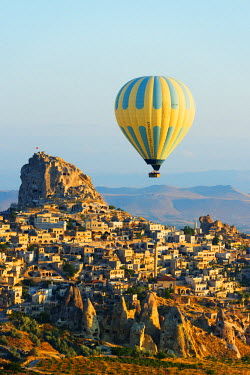 TUR0950 Turkey, Central Anatolia, Cappadocia, balloon flight over Uchisar Castle near Goreme, Unesco World Heritage site