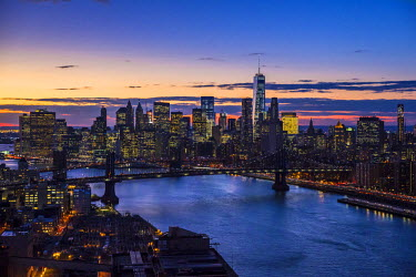 US60426 One World Trade Center, Manhattan and Brooklyn Bridges, Manhattan, New York City, New York, USA