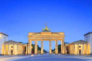 GER8793AW Germany, Deutschland. Berlin. Berlin Mitte. Brandenburg Gate, Brandenburger Tor