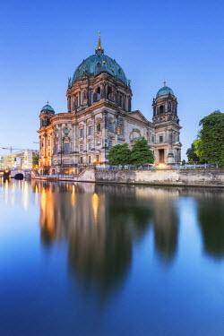 GER8820AW Germany, Deutschland. Berlin. Berlin Mitte. Berlin Cathedral, Berliner Dom.