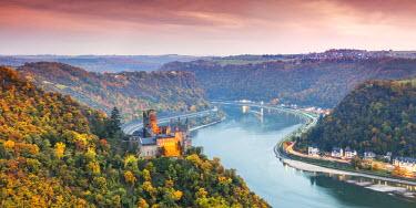 GER8964AW Burg Katz and romantic Rhine, Sankt Goarhausen, Rhineland-Palatinate, Germany