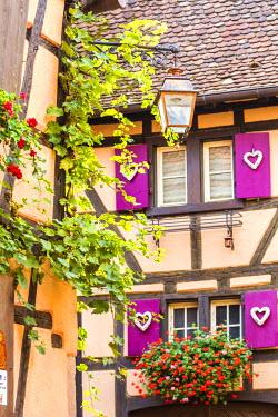 FRA8860AW Typical timber framed houses, Riquewihr, Alsace, France