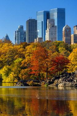 USA10557AW Fall foliage at Central Park, Manhattan, New York, USA