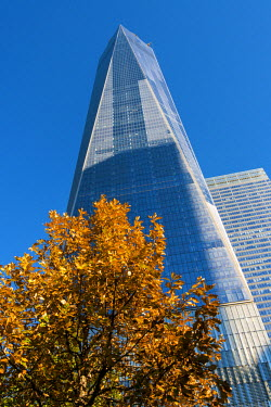 USA10604AW Low angle view of the One World Trade Center or Freedom Tower, Lower Manhattan, New York, USA