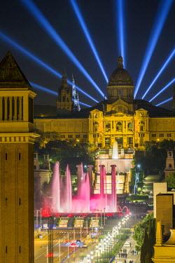 ES02350 Fountains in front of the National Museum of Art, Plaza d'Espanya, Barcelona, Catalunya (Catalonia) (Cataluna), Spain, Europe