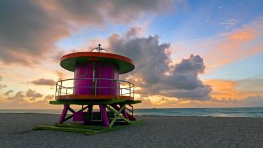 US11853 Art Deco style Lifeguard hut on South Beach, Ocean Drive, Miami Beach, Miami, Florida, USA