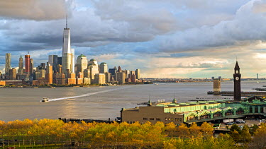 US60789 One World Trade Center and Downtown Manhattan across the Hudson River, New York, Manhattan, USA