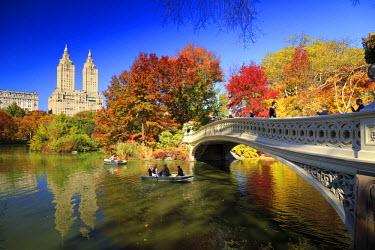 US60814 USA, New York City, Manhattan, Central Park, Bow Bridge