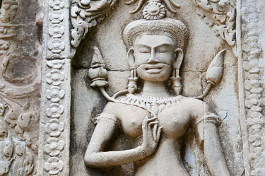 HMS0535604 Cambodia, Siem Reap Province, Angkor Temples complex, listed as World Heritage by UNESCO, Chau Say Tevoda Hindu Temple, bas-relief with apsara (celestial dancer)