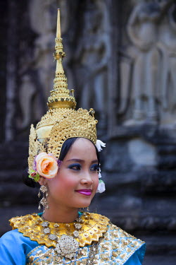 HMS1391687 Cambodia, Siem Reap province, Angkor Temples complex, listed as World Heritage by UNESCO, traditional dancers