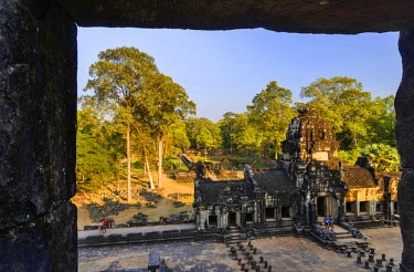 HMS2192158 Cambodia, Angkor listed as World Heritage by UNESCO, temple of Baphuon, built by King Udayaditiavarman II near 1060