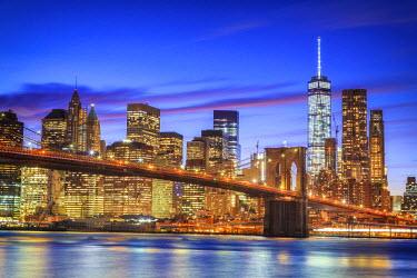 US61015 USA, New York, New York City, Lower Manhattan and Brooklyn Bridge