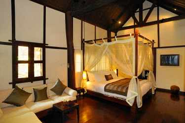 HMS0314107 Laos, Luang Prabang, Hotel 3 Nagas, bedroom