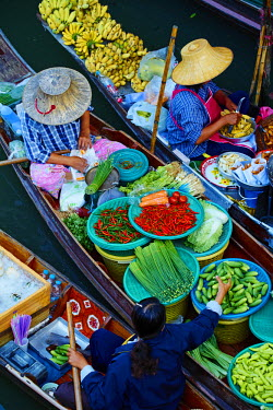 HMS1953196 Thailand, Ratchaburi province, Damnoen Saduak, flotting market