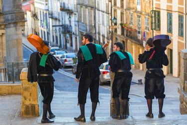 ES03213 Galician, muscians, street, Santiago, de, Compestela, Galicia, Spain