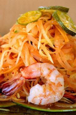 HMS0230754 Malaysia, Kedah State, Langkawi Island, Four Seasons Hotel, green papaya salad with shrimps