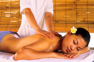 HMS0171734 Vietnam, Nha Trang, Evason Hideaway and Spa at Ana Mandara, massage