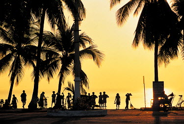 HMS0230105 Vietnam, Khanh Hoa Province, Nha Trang, beach at sunrise