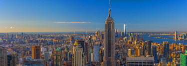 US61238 USA, New York, Midtown and Lower Manhattan, Empire State Building and Freedom Tower