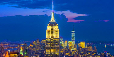 US61259 USA, New York, Midtown and Lower Manhattan, Empire State Building and Freedom Tower