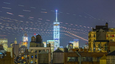 US61265 USA, New York, Freedom Tower over rooftops and water tanks. 1hr45mins of aircraft flying overhead
