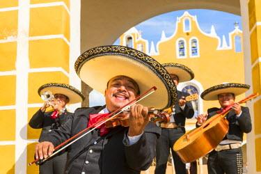 MEX1699AW Traditional Mariachi group at San Antonio de Padua monastery, Izamal, Yucatan, Mexico (MR)