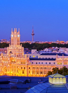 SPA6685AW Spain, Madrid, Cityscape with The�Cybele Palace.