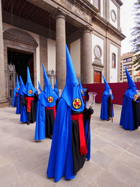 SPA6722AW Spain, Canary Islands, Tenerife, San Cristobal de la Laguna, Traditional Easter Holy Week Procession.