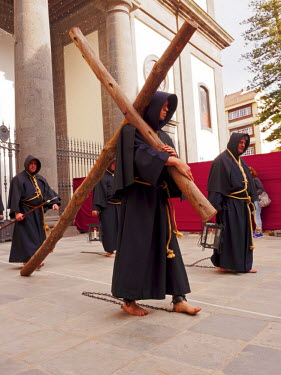 SPA6723AW Spain, Canary Islands, Tenerife, San Cristobal de la Laguna, Traditional Easter Holy Week Procession.
