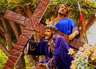 SPA6733AW Spain, Canary Islands, Tenerife, San Cristobal de la Laguna, Traditional Easter Holy Week Procession.