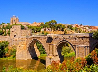 SPA6784AW Spain, Castile La Mancha, Toledo, San Martin's Bridge and Tagus River.