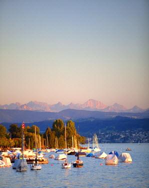 SWI7700 Switzerland, Zurich. The Zurich Lake in Summer.