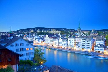 SWI7702 Switzerland, Zurich. The Old Town on the Limmat River.