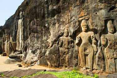 AS33AAS0012 Sri Lanka, Ella, Dhowa rock Temple, carved rock Buddha