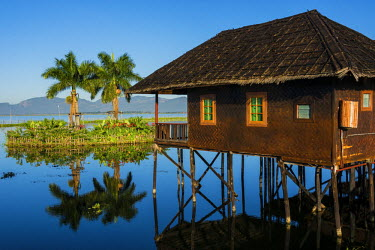 AS06IHO0690 Myanmar. Shan State. Inle Lake. Golden Island Cottages floating hotel.