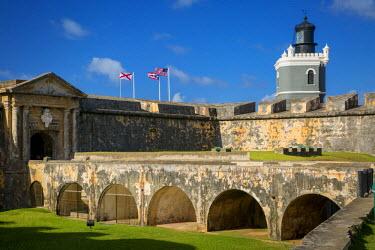 CA27BJN0034 Flags flying over Fortress El Morro, San Juan, Puerto Rico