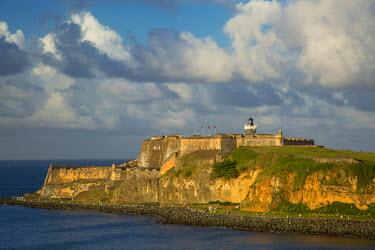 CA27BJN0038 Setting sunlight over fortress El Morro, old town, San Juan, Puerto Rico