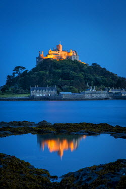 EU30BJN0019 Dusk reflections below St. Michael's Mount, Marazion, Cornwall, England