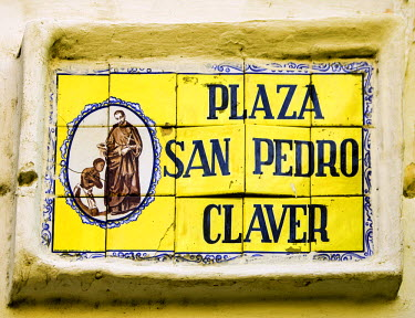SA06JGI0291 Imposing church of San Pedro Claver dominates the Plaza de San Pedro Claver in the Old City, Cuidad Vieja, Cartagena, Colombia.