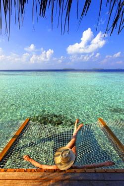 HMS0893843 Maldives, Atoll Baa, Anantara Kihavah Villas hotel, bungalows on piles