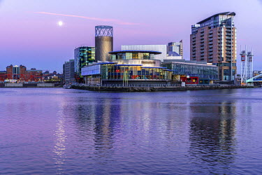ENG12755AW Europe, United Kingdom, England, Lancashire, Manchester, Salford Quays